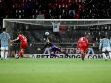 Veldmate schlemiel GA Eagles met gemiste penalty tegen Jong Ajax: 'Pas tweede keer in loopbaan'