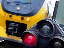 Aanpak overwegen, treinverkeer rond Almelo ligt plat