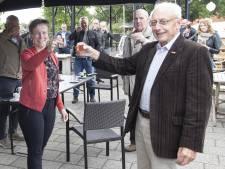 Albert (76) bedacht met de voorzitter een plannetje om toch feest te vieren in Daarle