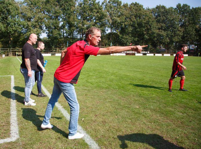 Berkdijk-trainer Pieter Elias  BERKDIJK - GSBW