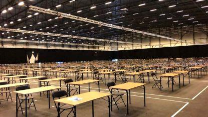 Flanders Expo klaar: studenten leggen meer dan 100.000 examens af aan 4.500 tafels