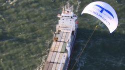 Elektrisch varen, zeilen of een atoomboot: hoe kan de commerciële zeevaart minder CO2 uitstoten?