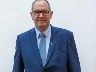 """Guy Seeuws (VDK Gent) voorstander om competitie voort te zetten: """"Met stoppen los je niets op. Je schuift alleen problemen vooruit"""""""