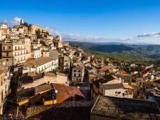 Ce charmant village en Sicile offre des maisons