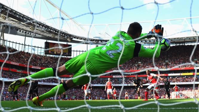 Wat een match! Mignolet pakt penalty en ziet Liverpool dan op en over Arsenal gaan: 3-4