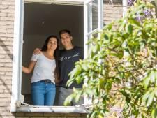Koken, studeren en wachten op vlucht naar huis voor Argentijns hockeykoppel van Oranje-Rood