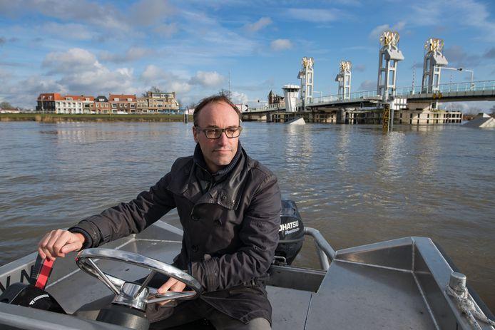 De stadsmarketeer van Kampen Roeland Tameling  gaat nog eens diep nadenken over het snuffelstagefestival.
