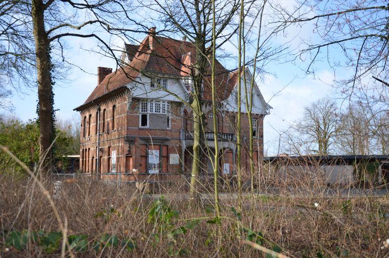 Villa Geurts wordt omgebouwd tot twee lofts.