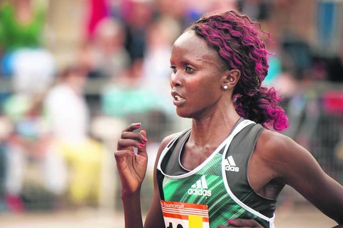 Elizeba Cherono in actie op de Ethiopische trials in Hengelo. Edwin Wiekens/Pix4pro's