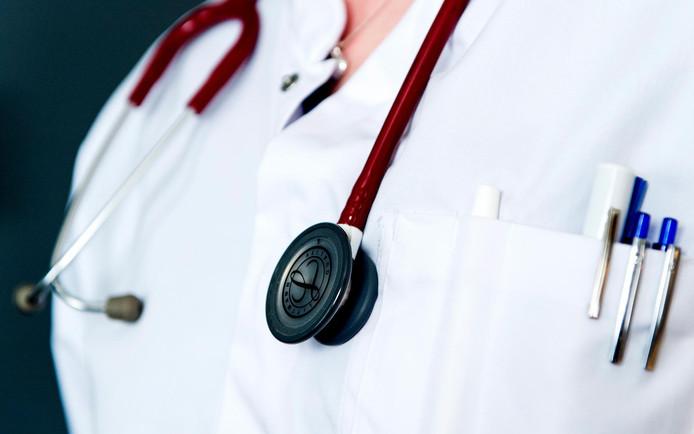 Sommige handelingen kunnen verpleegkundigen maar beter laten.