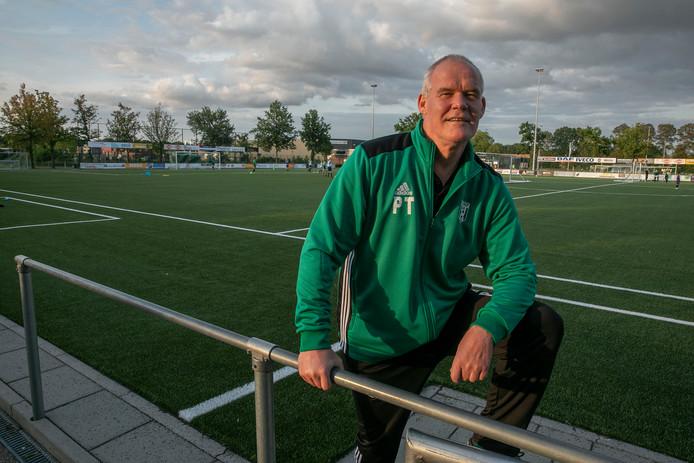 Pierre van den Eeden, hoofdtrainer van eersteklasser VV Geldrop