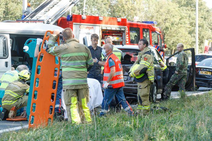 Bij een ongeluk op de A1 bij Terschuur zijn meerdere gewonden gevallen.