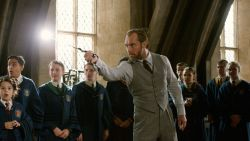 'Fantastic Beasts' krijgt spin-off met Jude Law als Perkamentus