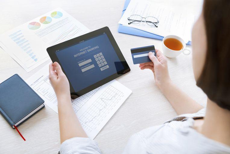 Aanbieders van online woonkredieten maken het mogelijk om de lening volledig vanuit je luie zetel af te sluiten