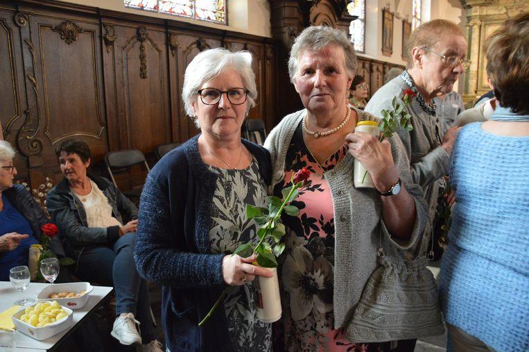 Wereldrecord Rita's verzamelen in kerk van Outer. Rita Pletinckx (rechts op foto) en Rita Spitaels uit Brakel.