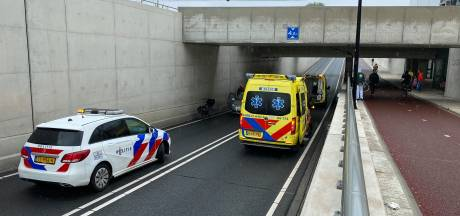 Gewonde bij kettingbotsing in tunnel Deventer Colmschate