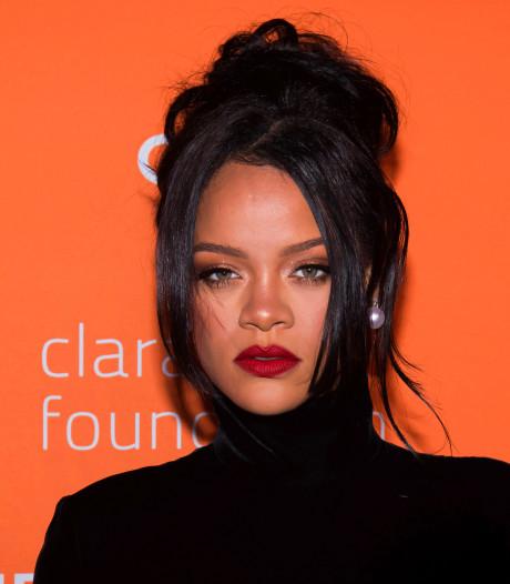 Rihanna sort une autobiographie à un prix mirobolant