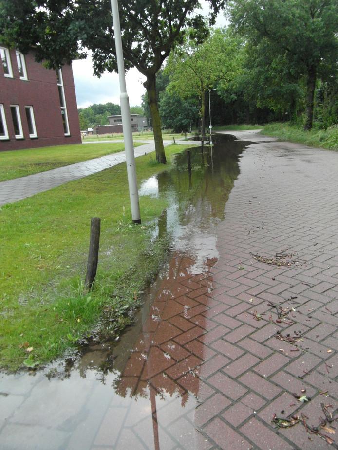 Wateroverlast in Lierop (lezersfoto)