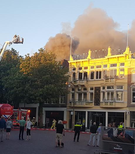 Ontruimingen na grote brand in Deventer