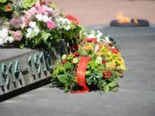 Geen novemberherdenkingen, wel vlaggen en bloemen aan monumenten