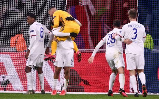 Feest bij Olympique Lyon na de 1-0.