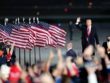 Trump boos op Twitter en Facebook om blokkeren artikel over zoon Biden