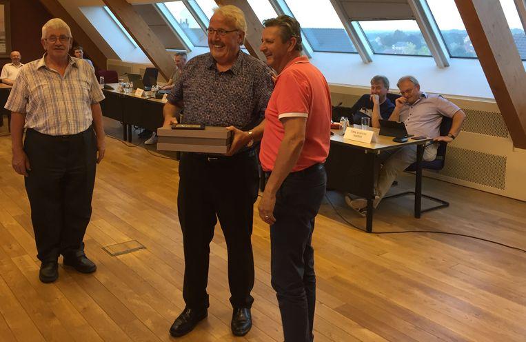 Gemeenteraad kent eretitels toe aan Leonard Vranckx en Herman Ginis.