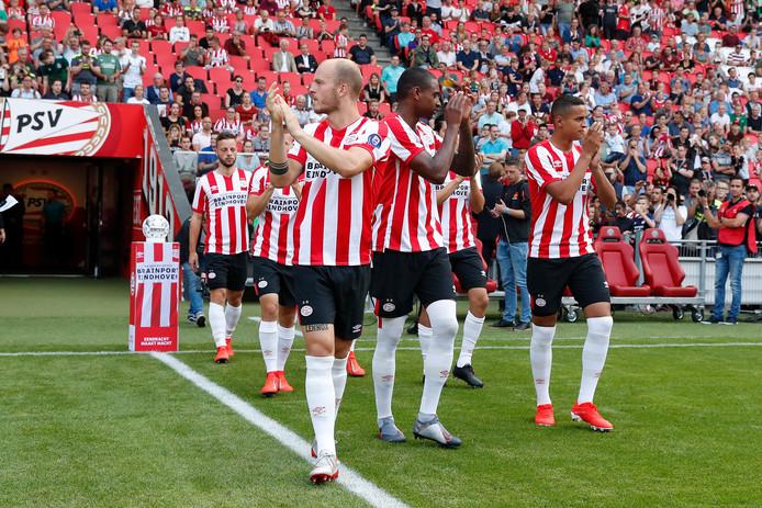De PSV'ers begroetten vorige week tijdens de open dag van PSV het Eindhovense publiek.