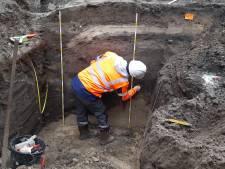 """Archeologen doen opnieuw vondst onder Katelijnestraat: """"En we verwachten veel van de komende weken"""""""