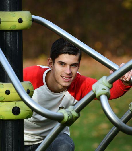 DOVO pikt Van Gelderen (21) op bij FC Den Bosch