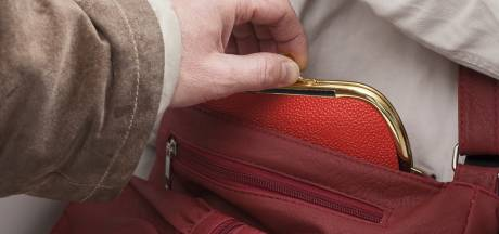 Oplichters zoeken vooral ouderen als slachtoffer in Ede en Wageningen