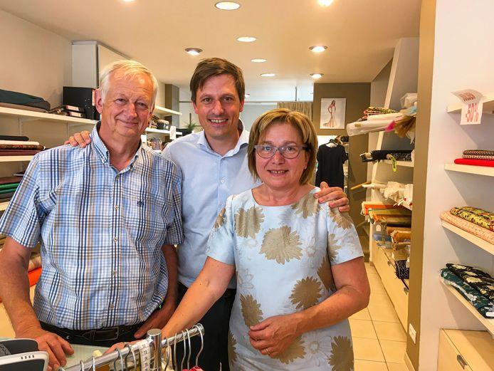 Het gezin Audenaert: vader Arseen, zoon én burgemeester Kristof en moeder Georgine.