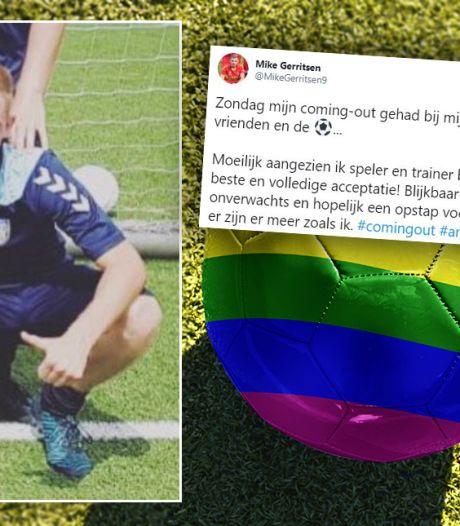 Mike (26) doorbreekt taboe met coming-out bij zijn voetbalteam: 'Ik wil een voorbeeld zijn'