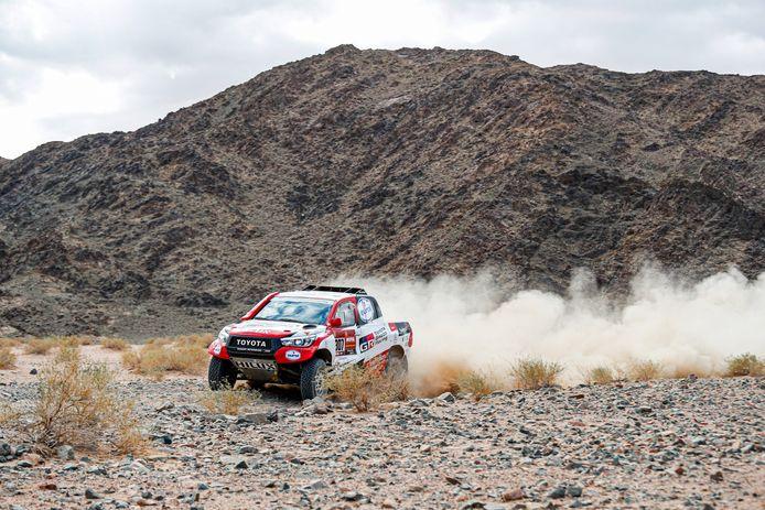 Bernhard ten Brinke crashte met zijn navigator Tom Colsoul in de derde etappe van Dakar 2021.