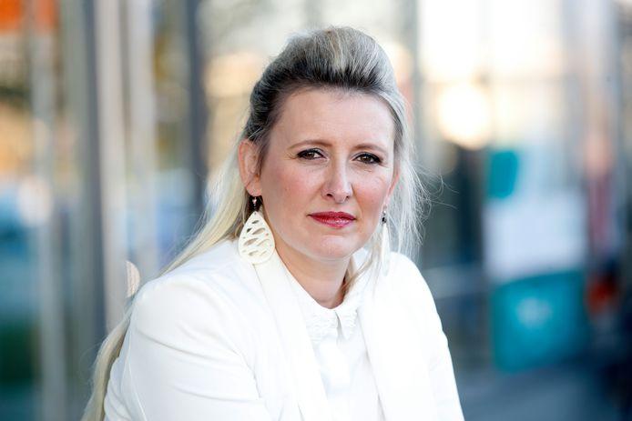 Trisha (Patricia Govaerts) vertelt in Dag Allemaal over haar moeilijke situatie