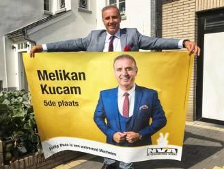 N-VA-politicus Kucam vroeg tot 7.500 euro aan vluchtelingen in ruil voor humanitair visum: vandaag staat hij samen met vrouw en zoon terecht voor mensensmokkel