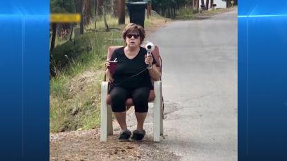 Oma schrikt snelheidsduivels af met haardroger als flitser