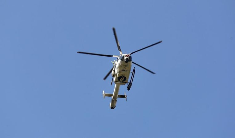 Er werd een helikopter ingezet bij de zoektocht.