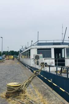 Zeeuwse miljonair Salar Azimi looft beloning van 20 mille uit voor ligplaats voor partyboot