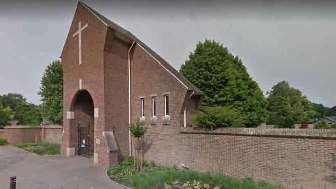 Geen evenementen meer in Hamont-Achel en mondmaskerplicht op kerkhoven