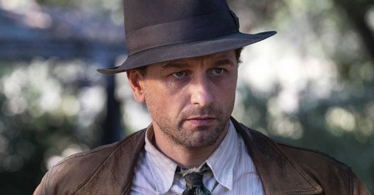 Matthew Rhys als Perry Mason, in de gelijknamige HBO-serie Beeld