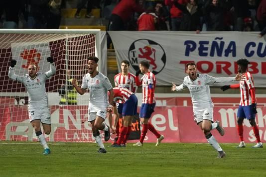 Julen Castaneda (rechts) n zijn goal tegen Atlético.