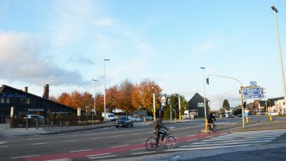 Nieuwe plannen om kruispunt Den Doorn verkeersveiliger te maken