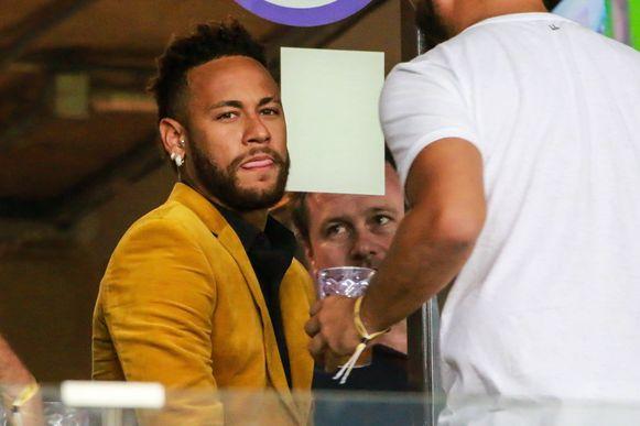 Neymar Jr. woonde de halve finale van de Copa América tussen Brazilië en Argentinië bij.