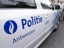 Une nouvelle explosion potentielle de grenade à Anvers, six voitures endommagées