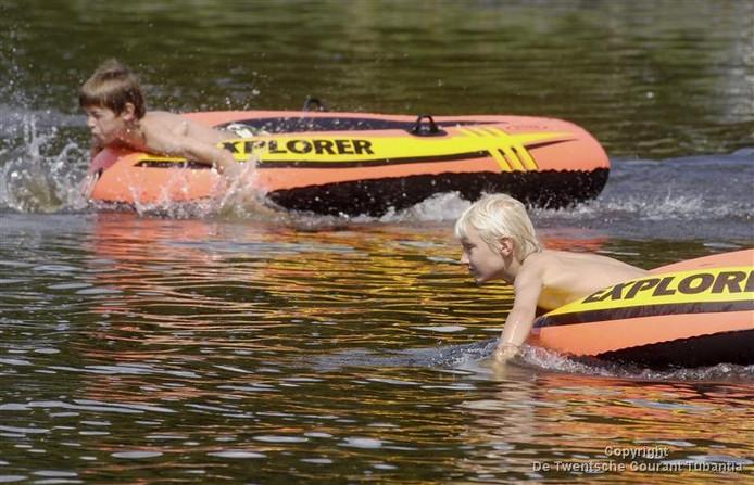 Foto ter illustratie: waterwedstrijden in Geerdijk in 2008