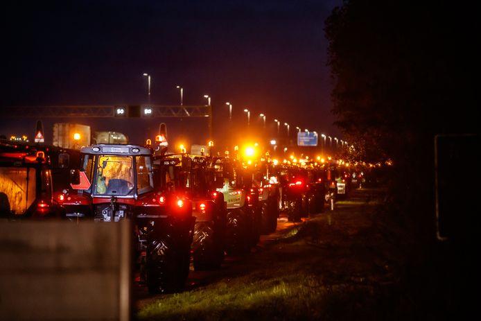 Ook vanuit Willemstad vertrokken boeren per trekker naar Den Haag.