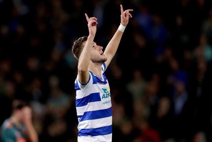 Branco van den Boomen viert zijn 2-2 tegen Jong Ajax.