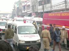 Zeker 43 doden door brand in fabriek in New Delhi, werknemers lagen in fabriek te slapen