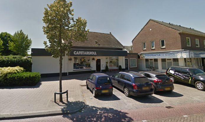 Cafetaria CafetariJoll, gelegen aan de Oude Provincialeweg in Hapert.